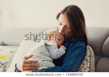 anya · nappali · csók · baba · lány · boldog - stock fotó © is2
