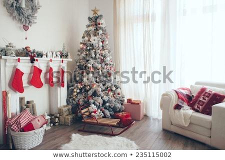 Weihnachten · baum · kamin · socken · geschenke · haus   vektor ...