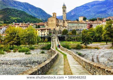 Piękna starożytnych miasta imponujący Roman most Zdjęcia stock © Freesurf