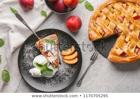 персика пирог мороженым черпать ваниль продовольствие Сток-фото © BarbaraNeveu