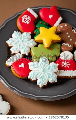 hagyományos · karácsony · sütik · tányér · felső · kilátás - stock fotó © dash