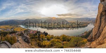 Stockfoto: Donau · rivier · verlagen · Oostenrijk · berg · kerk