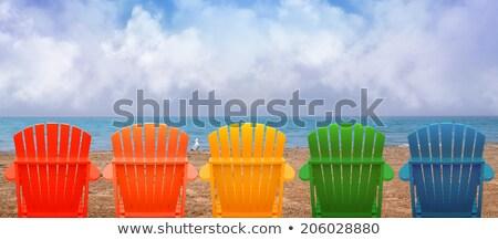 Aposentadoria viajar bandeira casal de idosos no exterior Foto stock © RAStudio