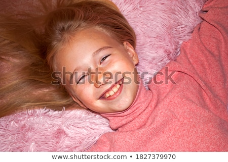 Portrait séduisant blond fille rose haut Photo stock © fotoduki