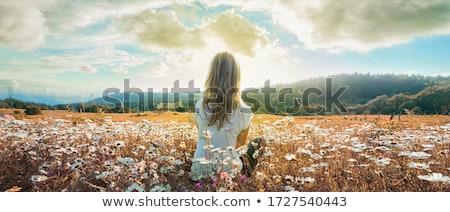 Sesión pradera verano mujer nina Foto stock © photography33