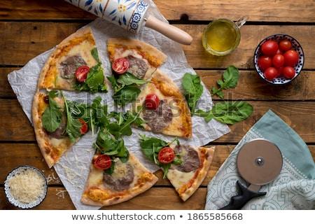 pizza · kerstomaatjes · mozzarella · heerlijk · plakje · houten · tafel - stockfoto © davidarts