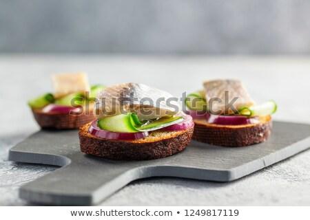 szendvicsek · hagyma · cékla · hal · kenyér · saláta - stock fotó © zhekos
