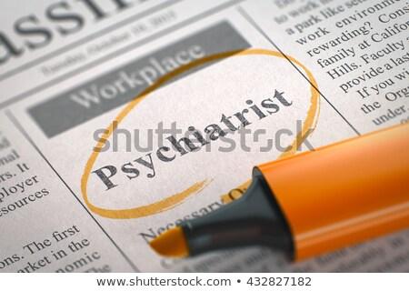 Psiquiatra jornal pequeno Foto stock © tashatuvango