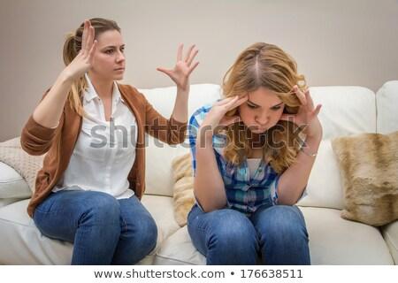 Dühös fiatal anya megbeszélés tini lánygyermek Stock fotó © dashapetrenko