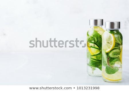 Fraîches chaux menthe eau cocktail Photo stock © dashapetrenko