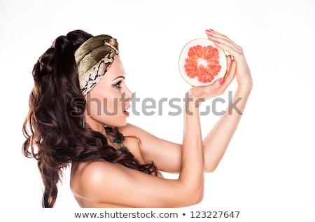 美 · 小さな · ブルネット · 女性 · グレープフルーツ · 孤立した - ストックフォト © gromovataya