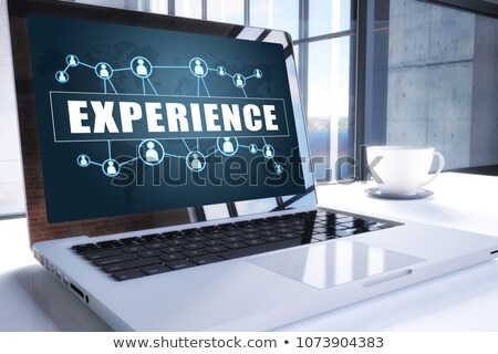Ontwikkelen klantenservice vaardigheden laptop scherm 3d illustration Stockfoto © tashatuvango