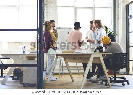 Geconcentreerde werken reclame campagne smart jonge Stockfoto © pressmaster