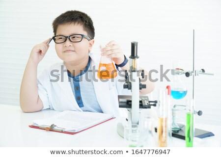 mały · chłopca · chemik · eksperyment · chemicznych · płyn - zdjęcia stock © photography33