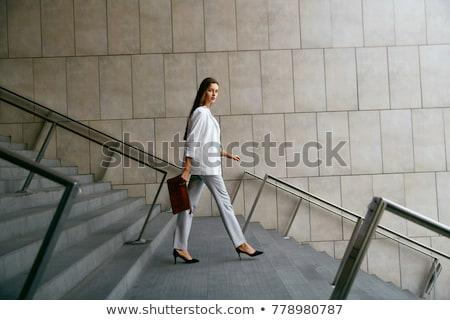 модный женщину ходьбе выстрел привлекательный Сток-фото © lorenzodelacosta