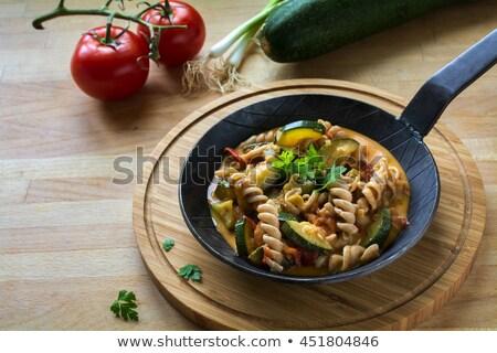 Teljeskiőrlésű tészta serpenyő makaróni bolt fekete Stock fotó © ivonnewierink