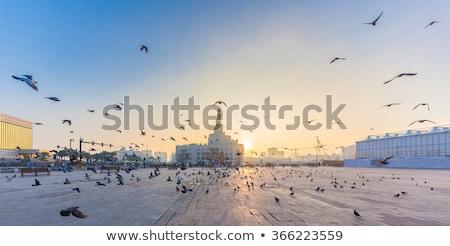 Gebäude Dämmerung Katar architektonisch Stadt Stock foto © SophieJames