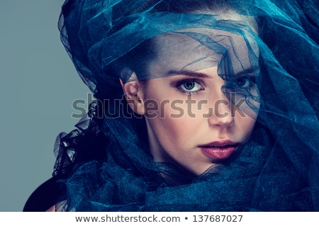 parel · verlangen · portret · mysterieus · brunette · witte - stockfoto © anna_om