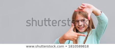 man · gezicht · palm · naar · camera · vingers - stockfoto © szefei