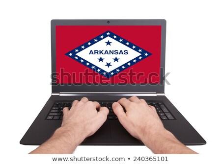 Kezek dolgozik laptop Arkansas mutat képernyő Stock fotó © michaklootwijk