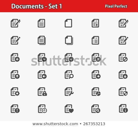 Stockfoto: The Blank Sheet Of Paper And Pen With Small Hearts
