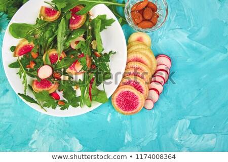 Salata beyaz plaka etrafında bileşen Stok fotoğraf © Illia