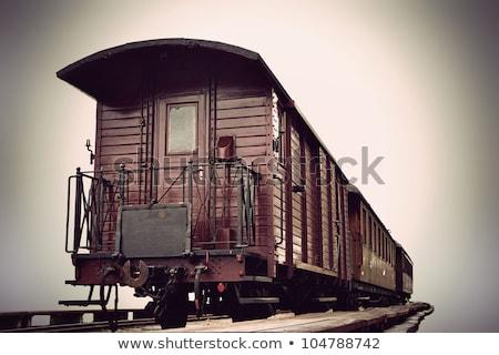 鉄道駅 · 古い · 木製 · ワゴン · 山 · 旅行 - ストックフォト © deyangeorgiev