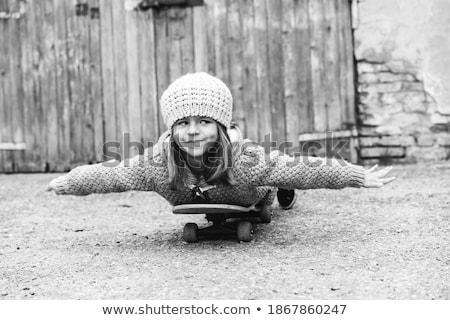 фигурист · девушки · Cool · скейтборде · белый · женщину - Сток-фото © lightfieldstudios