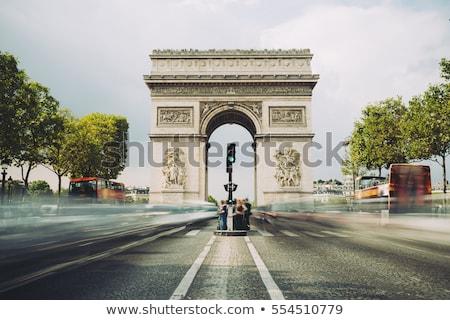 Bewolkt hemel Arc de Triomphe Parijs Frankrijk auto Stockfoto © Givaga
