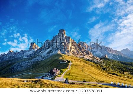 Stock fotó: Passz · hegyek · napfény · felhős · égbolt · Olaszország