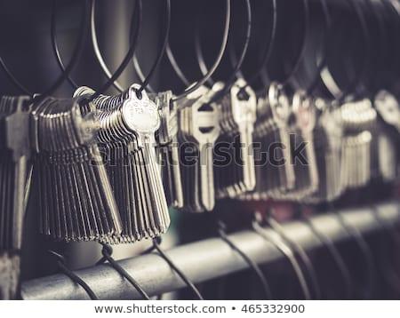 Cerrajero servicio clave rojo roto imagen Foto stock © olivier_le_moal