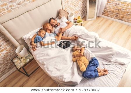 famiglia · dormire · letto · illustrazione · insieme · uomo - foto d'archivio © cteconsulting