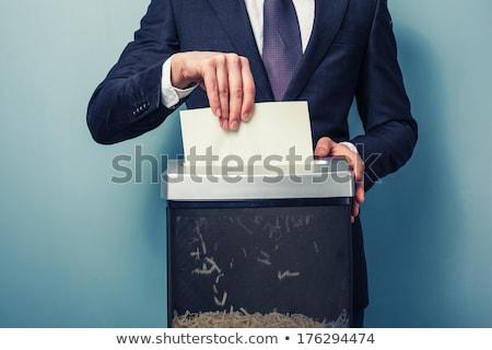 Iş adamı belge el işadamı kâğıt parçalayıcı Stok fotoğraf © jeliva