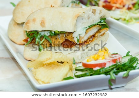 Frango blt salada icebergue alface cunha Foto stock © LAMeeks