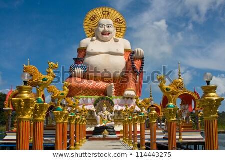 Glimlachend buddha Thailand groene meer hemel Stockfoto © master1305