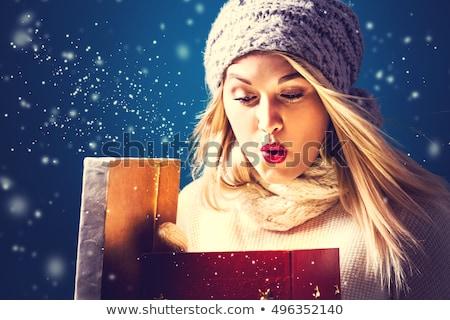 vrouw · christmas · geschenken · boom · gelukkig - stockfoto © chesterf