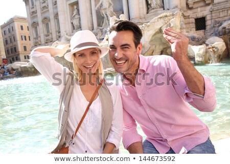 туристических пару фонтан человека весело парка Сток-фото © IS2
