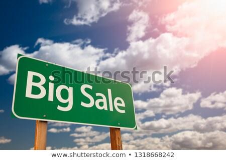 satış · indirim · tabelasını · siyah · beyaz · sözler · fiyat - stok fotoğraf © feverpitch