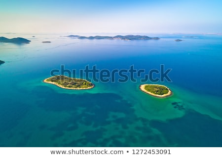 Twee eenzaam steen eilanden archipel luchtfoto Stockfoto © xbrchx