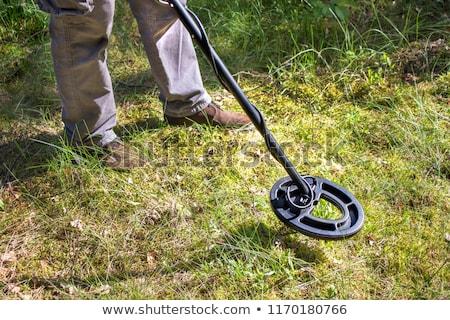 Fém detektor férfi gyep nyár keresés Stock fotó © Stocksnapper