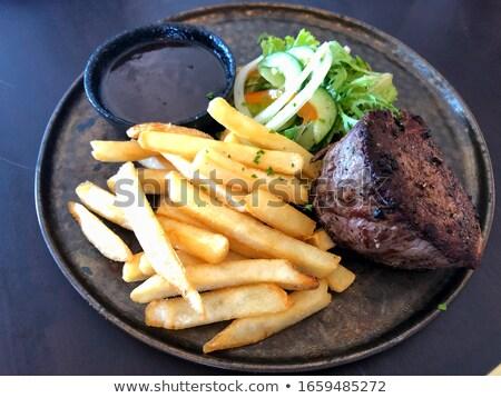 plaat · biefstuk · salade · restaurant · diner - stockfoto © M-studio