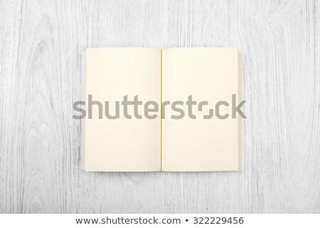 開いた本 木製 デッキ コピースペース 図書 デザイン ストックフォト © ra2studio