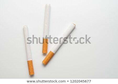 um · cigarro · isolado · branco · saúde · fumar - foto stock © berczy04