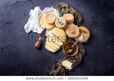 チーズ · 石 · ブルーチーズ · 新鮮な · ハーブ · 暗い - ストックフォト © YuliyaGontar