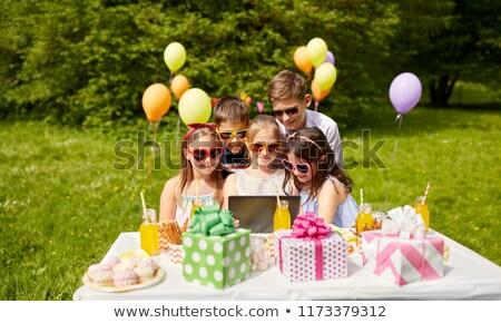 Feliz crianças festa de aniversário férias infância Foto stock © dolgachov