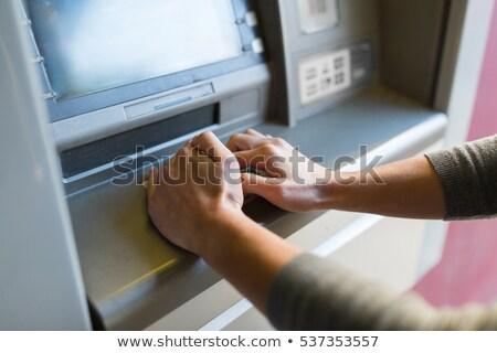 Mão pin caixa eletrônico máquina Foto stock © AndreyPopov