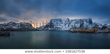 Noors dorp noordelijk Noorwegen hemel landschap Stockfoto © unkreatives