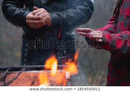 pobre · pessoas · inverno · frio · casal · sem · casa - foto stock © smithore