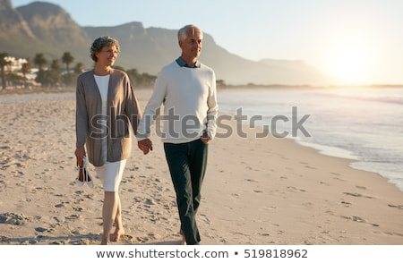 Casal velho praia mulher homem floresta mar Foto stock © photography33