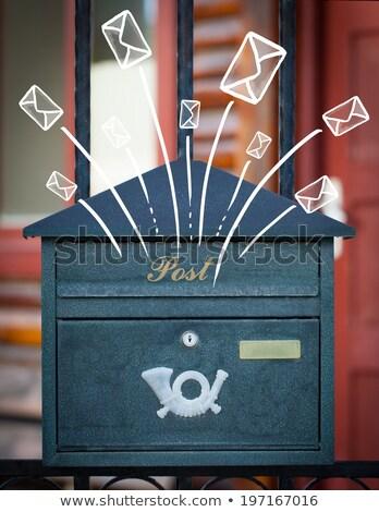 Brievenbus brieven uit straat papier boek Stockfoto © ra2studio